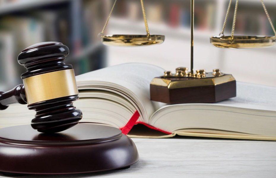 """Immagine di testata per questo articolo intitolato """"13 Consigli per i Siti Web di Avvocati e Studi Legali"""""""