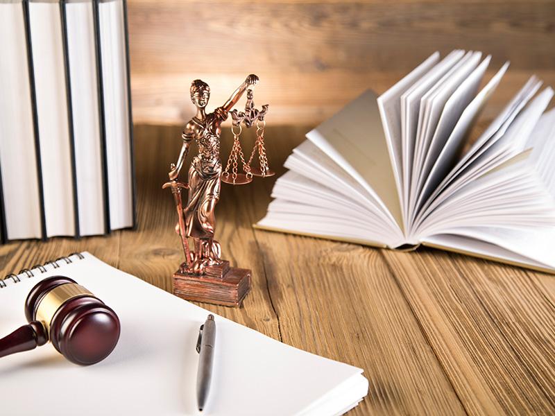 """Immagine di testata dell'articolo intitolato """"Costruire e Spingere un Sito Web per Avvocati e Studi Legali"""""""